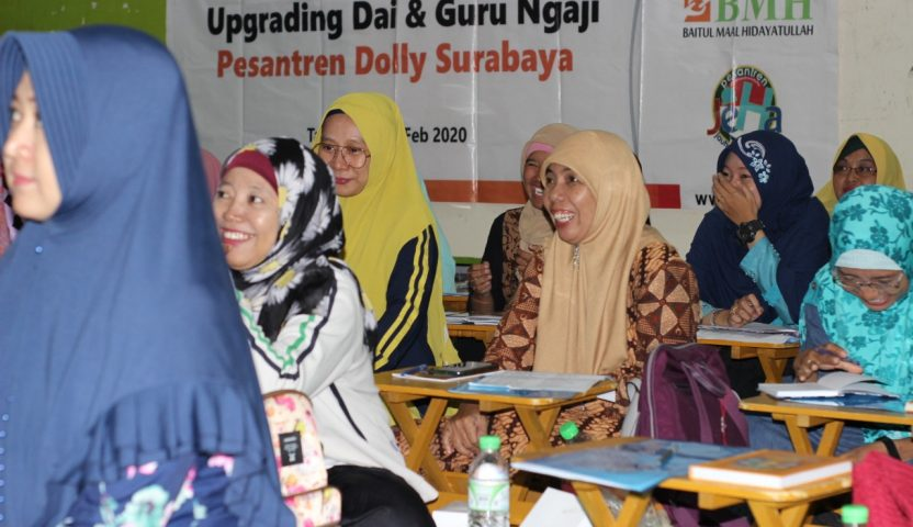 Upgrading Dai dan Guru Ngaji di Dolly Surabaya